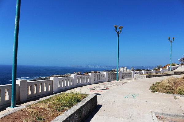 Brisa y tranquilidad en Valparaíso, The Network by Moraga